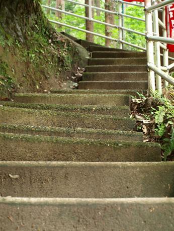 あの世へと続く階段.JPG