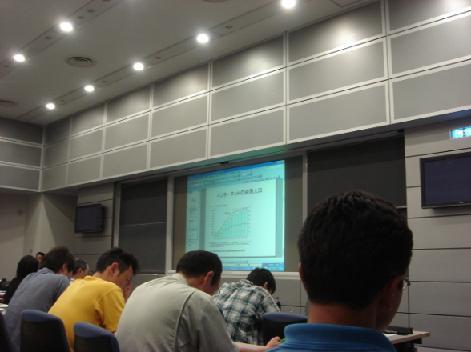 キレイな講義室.JPG