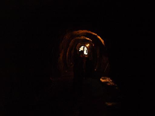 洞窟内.JPG