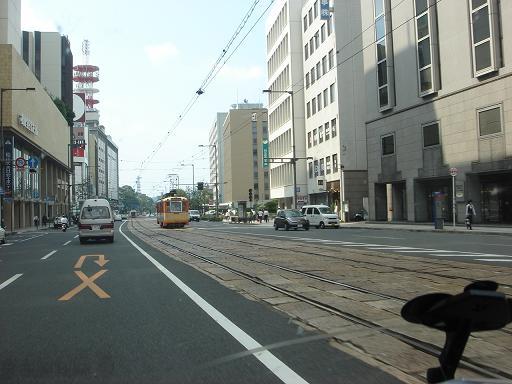 路面電車の街.JPG