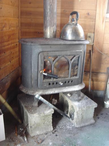 いいねぇ、暖炉.JPG