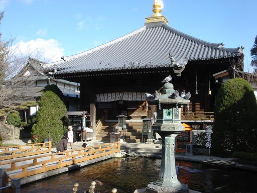 池と大師堂.JPG