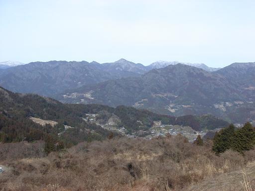山々を見下ろしながら.JPG