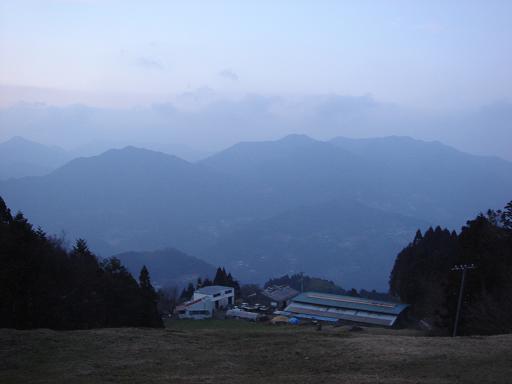 山が霞み.JPG