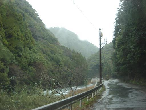 安芸川沿いに.JPG