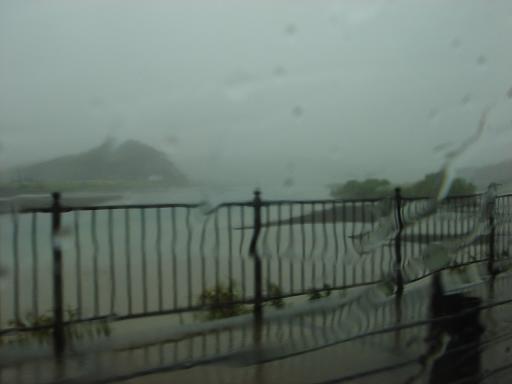 雨の四万十川.JPG