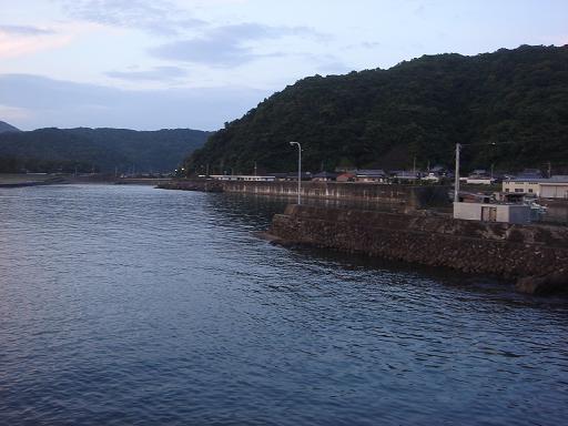 興津漁港.JPG