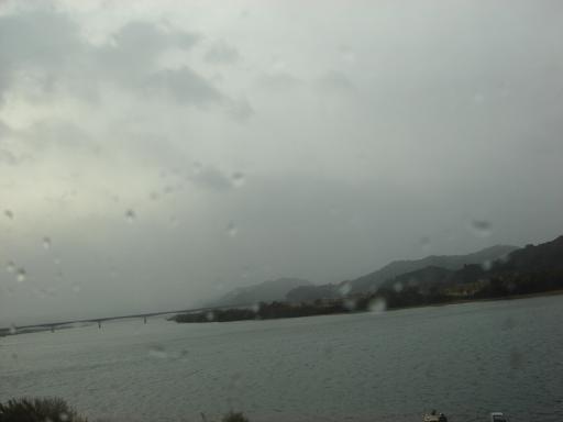 天気悪っ四万十川.JPG