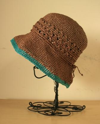 透かし模様の帽子(133)