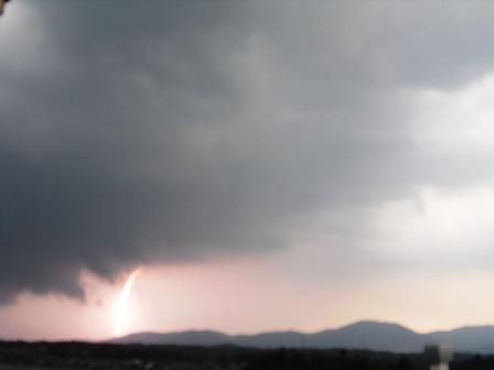 雷雨接近中