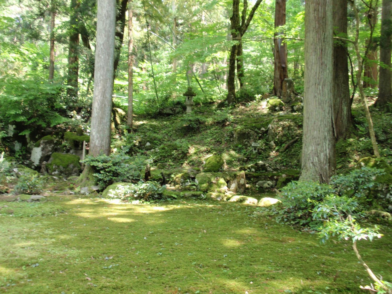 白山神社・旧玄成院庭園