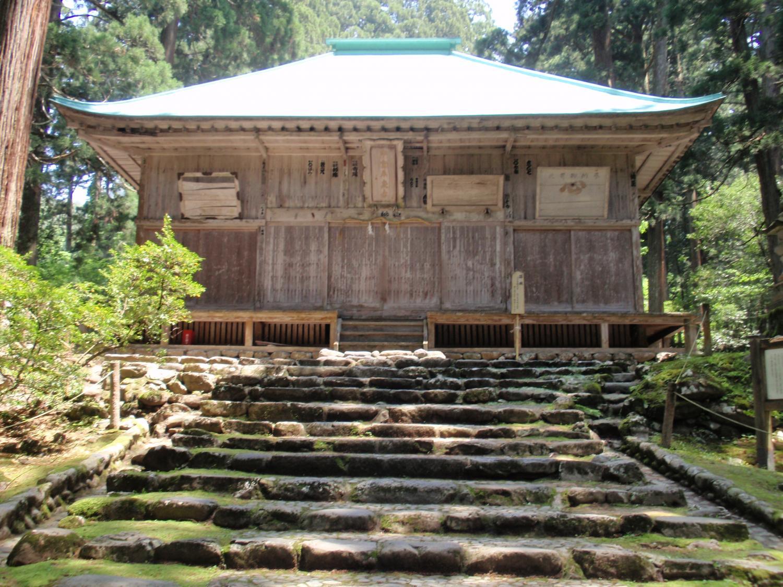 白山神社・拝殿