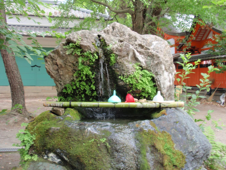 藤森神社。不二の水