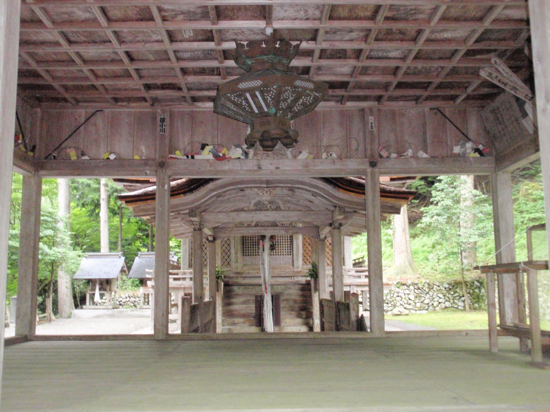 地主神社・幣殿