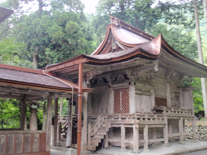 地主神社・本殿