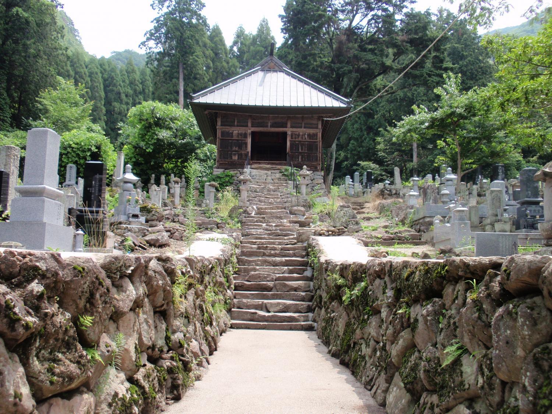 福島正則の廟