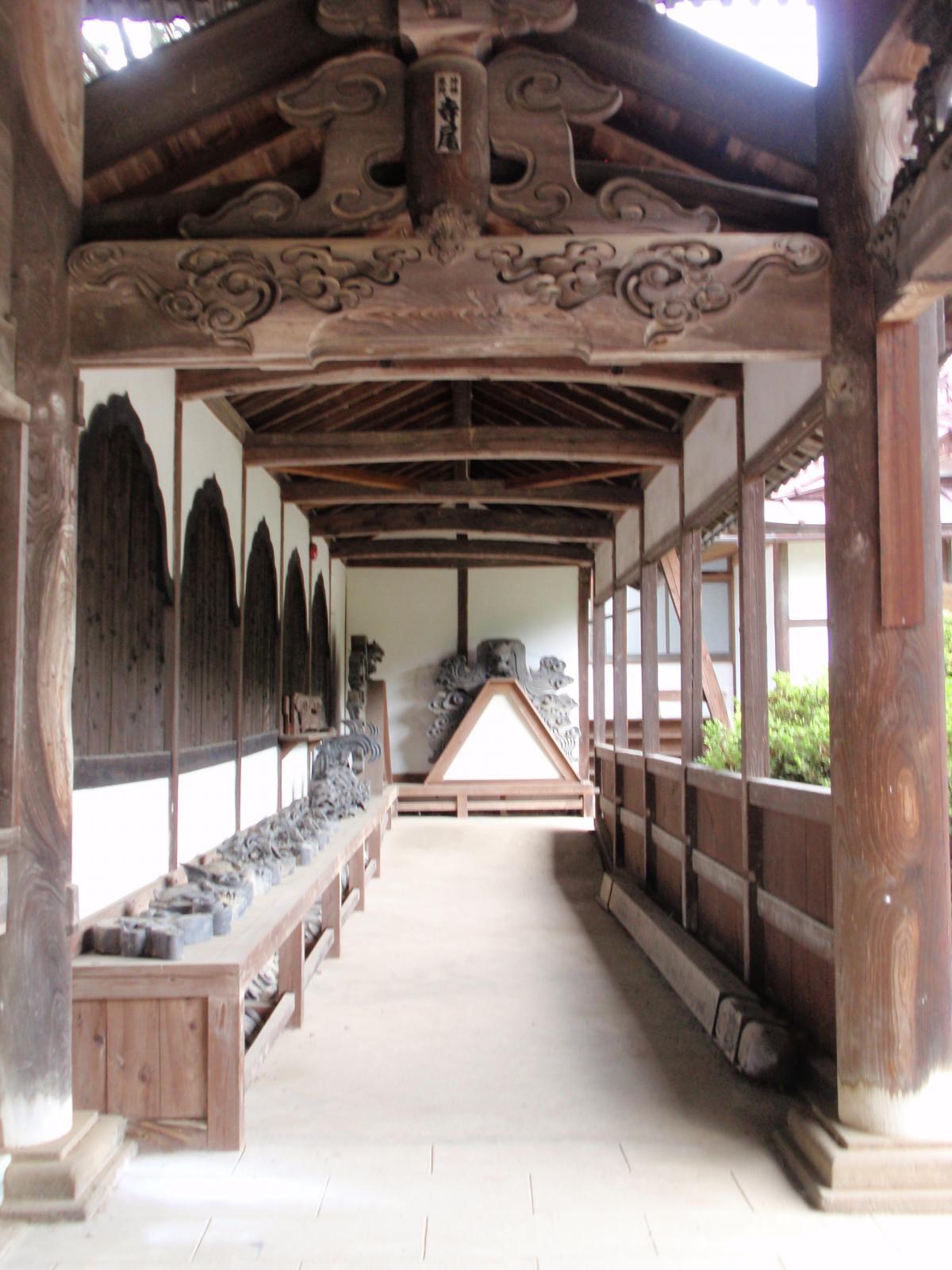 玄照寺・回廊