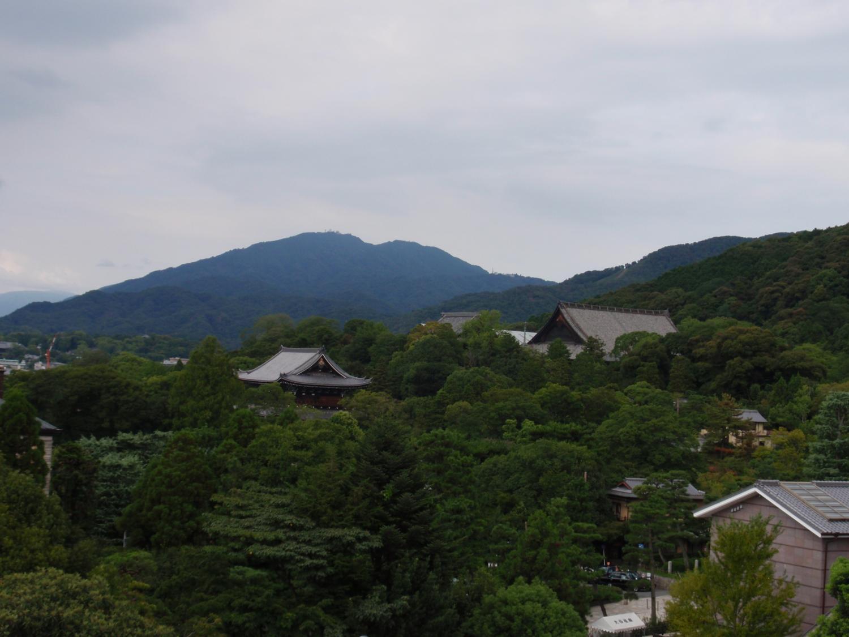 大雲院から比叡山