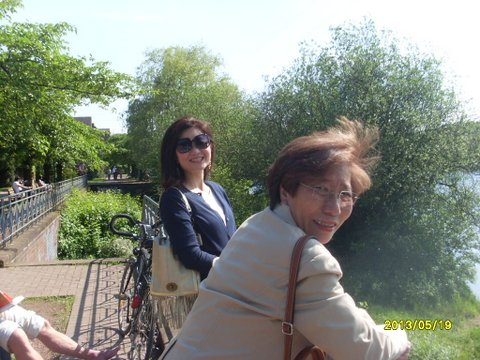 Sunny day in the park with 先生