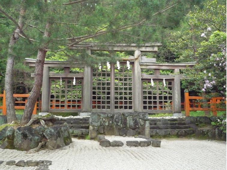 グラフィックス3檜原神社三つ鳥居