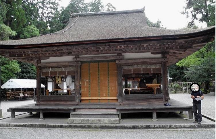 2013御上神社拝殿全景