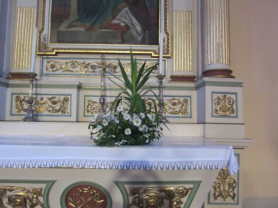 祭壇の花 3