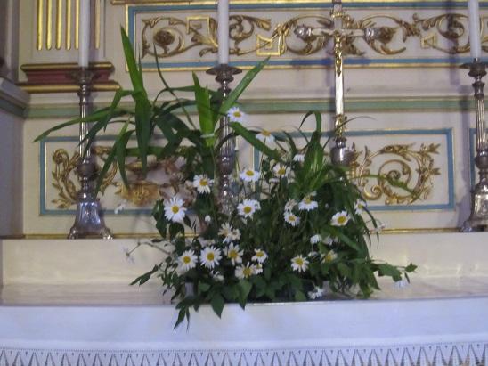 祭壇の花 4
