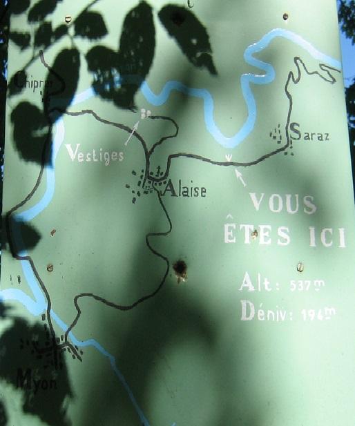 フランシュコンテ地方の山の道路地図