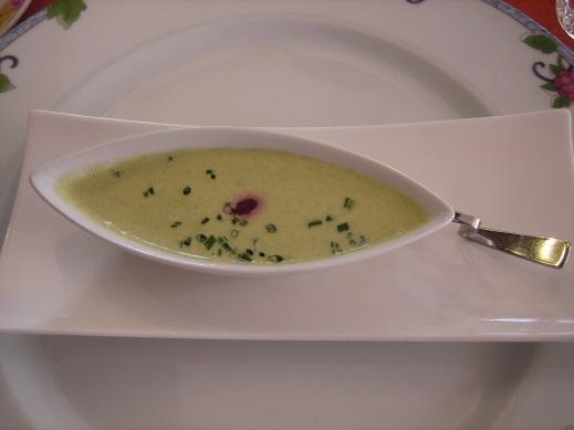 前菜代わりのスープ