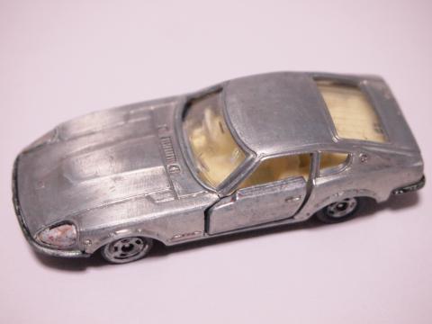 トミカ 240Z