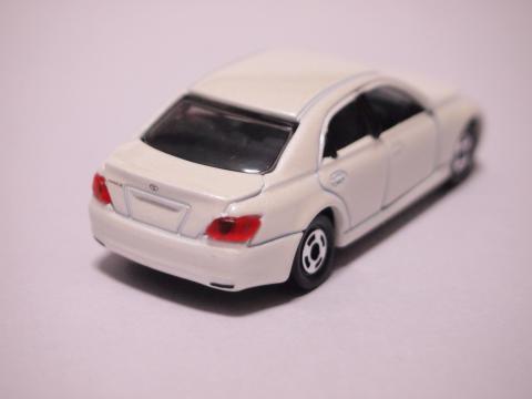 トミカ トヨタマークX GRX120