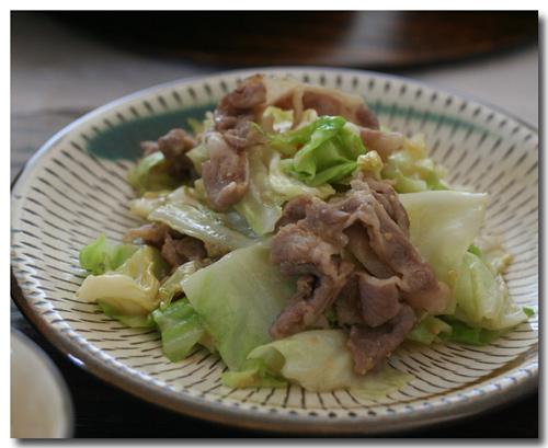 豚肉とキャベツのハチミツ味噌炒め