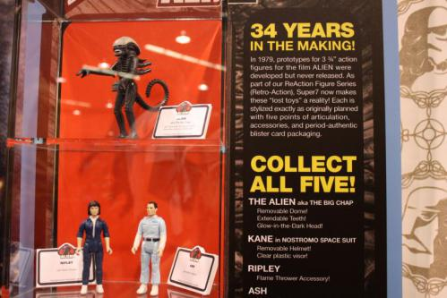 Alien-Kenner-action-figures-super7-5_convert_20130331054116.jpg