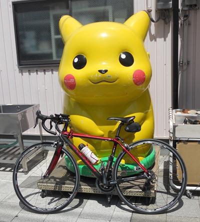 ピカチュウと自転車
