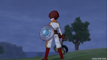 今は盾とハンマーがメイン武器!