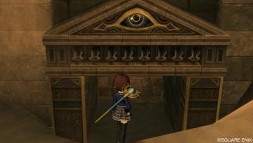 8霊廟前にて・・・