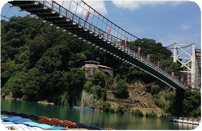 ドラゴンボートボート吊り橋