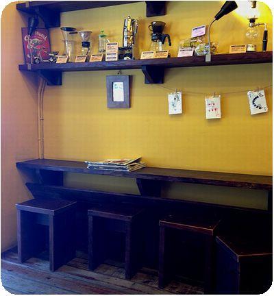 cama現烘咖啡專門店店内
