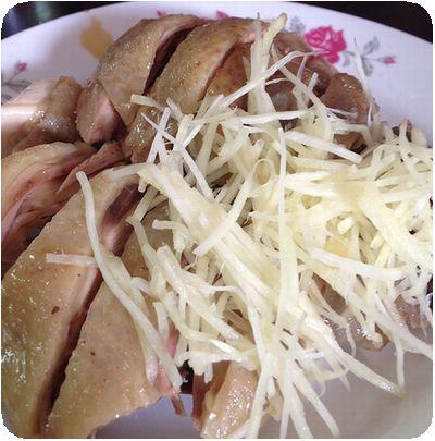 黑點雞肉麵攤鶏
