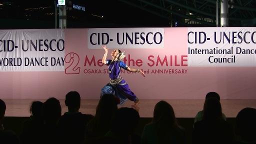 Ardha_Nadiswara__dance_day_2013_1(1).jpg