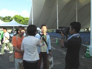 テレビのインタビュー