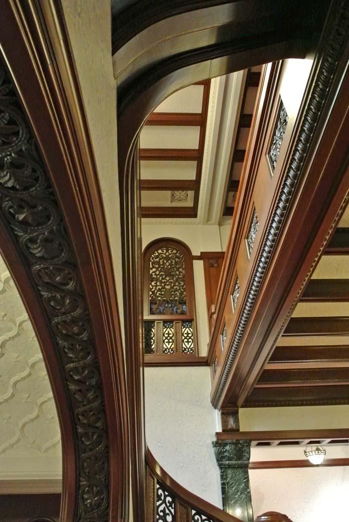 12)重厚な造りの前田侯爵邸