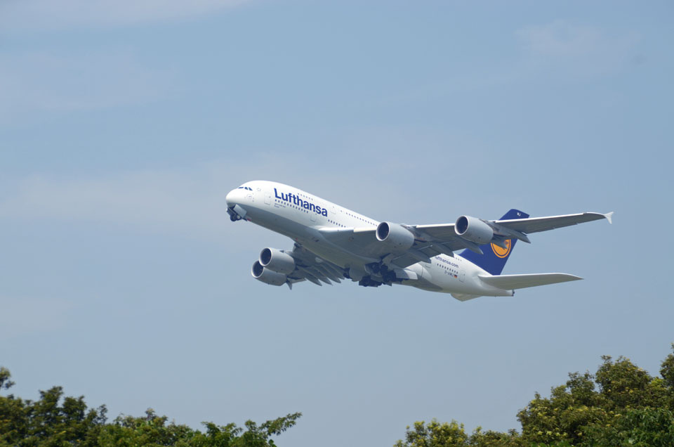 D70_4324Airport.jpg