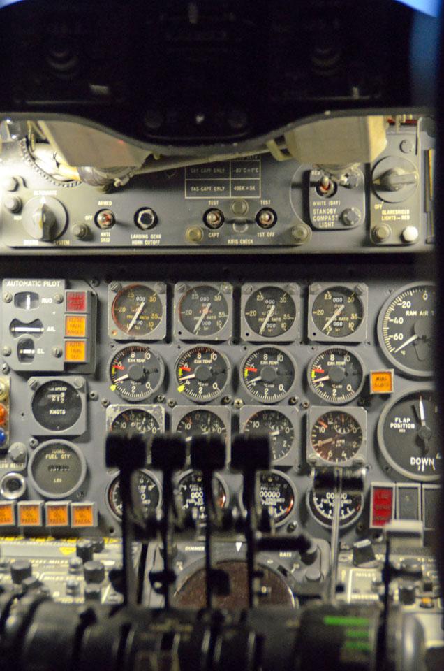 D70_4404Airport.jpg