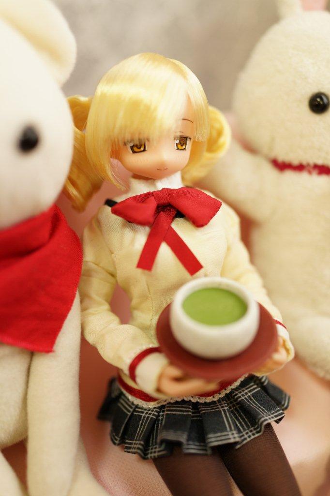 日本茶どうぞ~。