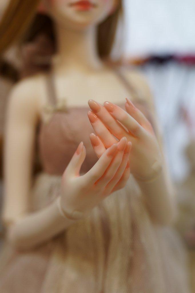 手も綺麗!!