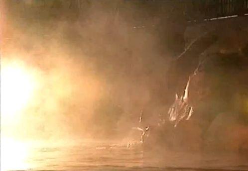 【風吹あんな】お互いの体を触り合うレズ濡れ場映像