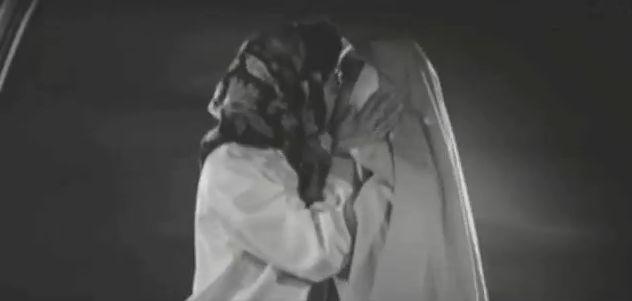 【大空眞弓】初々しいレズキス