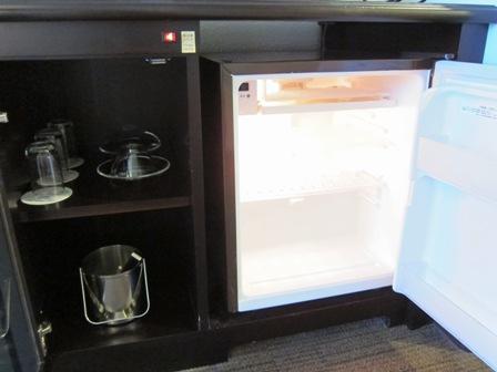 沖縄残波岬ロイヤルホテル 冷蔵庫