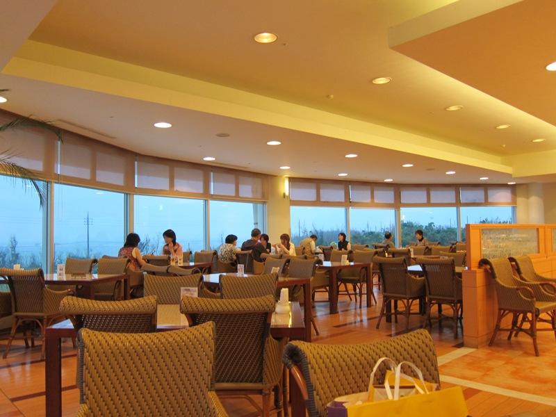沖縄残波岬ロイヤルホテル レストラン